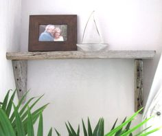 Simple Driftwood Wall Shelf Ideas