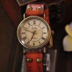 Stan vintage watches — Retro Leather Watch Vintage Style Wrist Watch (WAT0005)