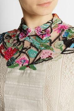 Valentino - Embellished tulle, lace and pintucked sateen gown. Couture Embroidery, Beaded Embroidery, Hand Embroidery, Embroidery Designs, Bead Embroidery Tutorial, Couture Details, Fashion Details, Fashion Design, Motifs Perler