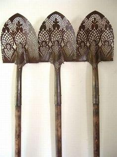 Exquisite lace Shovels