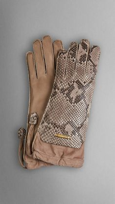 Burberry The Crush Gloves in Python and Kidskin Burberry, Python, Winter Wear, Autumn Winter Fashion, Leather Gloves, Leather Wallet, Leather Accessories, Fashion Accessories, Obi Belt