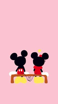 I love Mickey and Minnie they're so cute!! Not the Disney junior version tho…