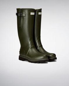 Men's Balmoral Side Adjustable Wellington Boots Hunter Boots Store, Hunter Wellington Boots, Rain Boots Fashion, Man Hunter, Rain Wear, Waterproof Boots, Sports Shoes, Rubber Rain Boots, Footwear