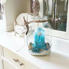 Glazenpot versieren met schelpen,