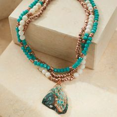 Charm or treasure: how to estimate the value of ancient jewelry - Fine Jewelry Ideas Ancient Jewelry, Old Jewelry, Beaded Jewelry, Fine Jewelry, Beaded Necklace, Jewelry Making, Beaded Bracelets, Jewlery, Necklaces