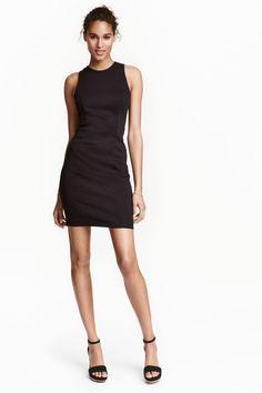 Sleeveless dress   H&M