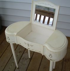 I had one of these - with a skirt and matching stool.  Thought it was heavenly
