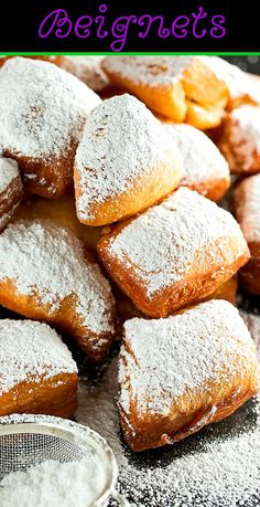 Homemade Beignets you can very quickly and easily cook. Beignets are great for breakfast and are always eagerly eaten.Beignets are always delicious and hearty Beignets, Just Desserts, Delicious Desserts, Yummy Food, Donut Recipes, Baking Recipes, Pastry Recipes, Breakfast Recipes, Dessert Recipes