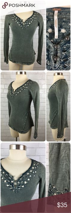 Free People Cutout Long Sleeve Shirt This FP shirt is in excellent pre-owned condition! Intricate Cutout designs at the front, back, and hem of sleeves with 3 buttons at the neck. 100% cotton. For Urban Outfitters. Free People Tops Tees - Long Sleeve