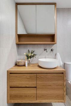 Small Dark Bathroom, Small Bathroom Vanities, Bathroom Basin, Bathroom Design Small, Bathroom Interior Design, Small Bathroom With Window, Small Bathroom Cabinets, Oak Bathroom Vanity, Bathroom Without Windows