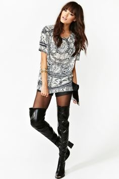 baggy tee & thigh high boots