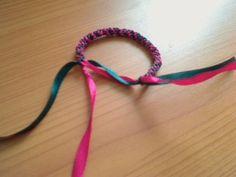 Round Ribbon Bracelet. Friendship Bracelets. Bracelet Patterns. How to make bracelets