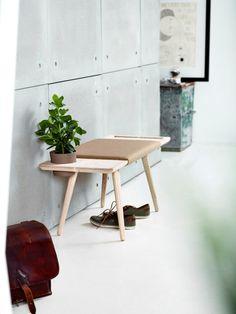 """""""北欧デザイン""""と""""シンプル""""の出会い。 シンプルだけどどこか柔らかさを感じさせる家具。発表したのは、オランダ […]"""