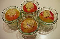 Ganzer Bratapfel im Glas 3