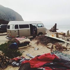 kombi camping at the beach Rafting, Adventure Awaits, Adventure Travel, Adventure Tumblr, Beach Adventure, Vw Beach, Beach Trip, Beach Bum, Vw Camping