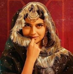 Nimrat Khaira Suits, Simple Indian Suits, Punjabi Suits Designer Boutique, Patiala Suit Designs, Modern Suits, Punjabi Models, Teen Girl Photography, Girl Hiding Face, Sikh Bride