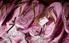 Confira todos os detalhes da decoração rosa e dourada da festa da Verônica Marques - 15 anos - CAPRICHO