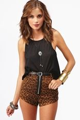 Tweedledee Tank - Black. Love this outfit! perfect for summer:)