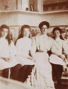 Maria, Olga and Tatiana with their mother