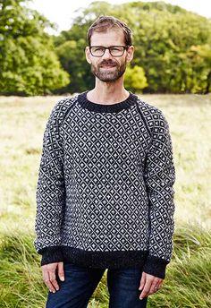 Herresweater færøsk i Knud Rasmussen mønster - strikkeopskrift