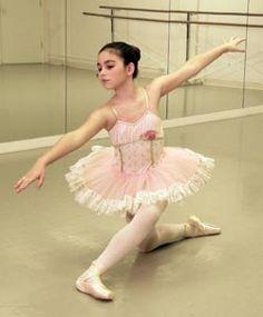 Academy of Ballet & Dance Arts | Ballet, Lake Oswego, Portland, OR | AlvasBFM Free Standing Ballet Barres #alvasbfm #freestanding #balletbarre #ballet #academyofballetanddancearts