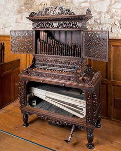 This absolutely beautiful Elizabethan wooden chamber organ dates from 1592 or 1602 and once belonged to the Princess Elizabeth, daughter of Charles I. Possibly Flemish in origin, probably the oldest chamber organ in Britain still in playing order, and currently in the Carisbrooke Castle Museum on the Isle of Wight.