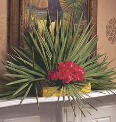 Christmas in the Tropics < Top 25 Ideas for Mantels - MyHomeIdeas.com