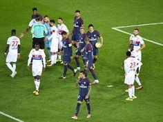 PSG deny reports Edinson Cavani was offered bonus to give Neymar penalty duties #ParisSaintGermain #Football #308160