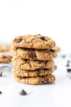 Gluten-free Chocolate Chip Cookies are fantastic without any flour in them! They are as good as a traditional cookie: soft, chewy and flavourful!