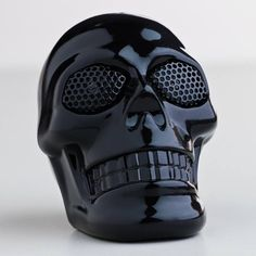 This is a cool speaker that have a cool shape as a human skeleton and it have a cool, shinning black color. I think there will be many boys love it very much.