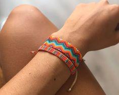 Loom Bracelet Patterns, Bead Loom Bracelets, Peyote Bracelet, Beading Patterns, Summer Bracelets, Bead Crochet, Loom Beading, Bead Weaving, Beaded Jewelry