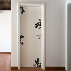 Sticker Lapins dingos Plus Wall Painting Decor, Diy Wall Art, Wall Decor, Room Decor, Door Design, Wall Design, Wall Drawing, Wall Tattoo, Creative Walls