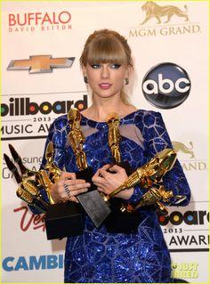 Taylor Swift & Madonna - Billboard Music Awards 2013 Press Room Pics