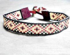 Articles similaires à Les métier à tisser perle du duc Bracelet Bohème Boho Chic cadeaux pour son Western bijoux artisanaux perles Style amérindien sur Etsy