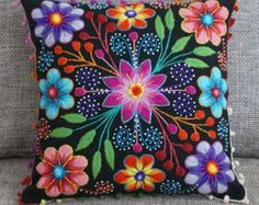 Your place to buy and sell all things handmade Housses de coussin coussin brodé laine de mouton & alpaga Mexican Embroidery, Felt Embroidery, Hand Embroidery Designs, Floral Embroidery, Types Of Embroidery, Embroidery Stitches, Embroidery Patterns, Embroidered Cushions, Embroidered Flowers