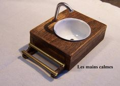 How to make a miniature bathroom sink. With many tutorials on the website too