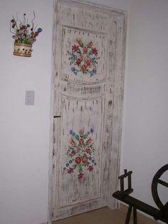 Puerta decorada flores