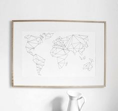 Geometrische Weltkarte in DIN A1 oder A2 Format. Hier entdecken und shoppen: http://sturbock.me/lAV