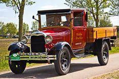 Vintage Cars Classic Ford Model A Truck 1929 Old Ford Trucks, Old Pickup Trucks, Diesel Trucks, Big Trucks, Lifted Trucks, Lifted Ford, Pickup Camper, Ford Diesel, Toyota Trucks