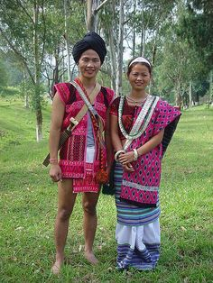 Traditional Costume - Arunachal Pradesh Tribal Dress, Ethnic Dress, North East Indian, Arunachal Pradesh, India Map, Gypsy Style, Incredible India, Indian Sarees, Indian Dresses