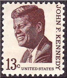 John F Kennedy 1967 - The 13 cent issue of 1967 was first issued in Brookline, Massachusetts, on May 29 of that year. The issue was designed by Stevan Dohanos, modeled after a photograph by Jacques Loew in the book The Kennedy Years. John Kennedy, Les Kennedy, Rare Stamps, Vintage Stamps, Cow Girl, Cow Boys, Postage Stamp Art, Going Postal, Nerd