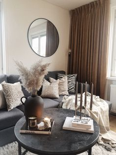 Living Room Decor Cozy, Living Room Interior, Home Living Room, Living Room Designs, Decor Room, Living Room Inspiration, Home Decor Inspiration, Salons Cosy, First Apartment Decorating
