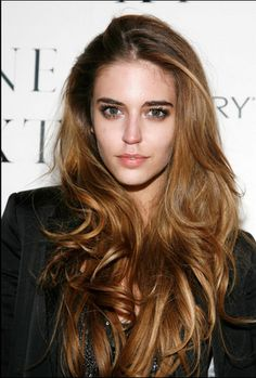 I consider cutting my hair and then. Clara Alonso I consider cutting my hair and then. Cut My Hair, Her Hair, Clara Alonso Hair, Tousled Hair, Wavy Hair, Super Long Hair, Pretty Hairstyles, Men's Hairstyle, Funky Hairstyles