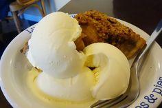 アメリアのアップルクランブルパイ w/ アイス#meallog #food #foodporn #tw