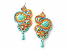 Audrey gyöngyei: Dragon of the Sun - sujtás fülbevaló / Soutache Earrings Soutache Earrings, Drop Earrings, Beaded Crafts, Victorian Jewelry, Shibori, Belly Button Rings, Art Nouveau, Diys, Artsy