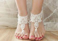 素足をドレスアップ!『ベアフットサンダル』を可愛くDIY♡|marry[マリー]