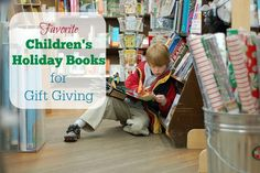 Favorite Children's Holiday Books Groovy Green Livin via @groovygreenlivi