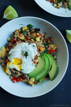 A heart healthy Southwestern Roasted Vegetable Quinoa Salad packed with protein and loads of flavor then topped with a poached egg and fresh avocado! Holy Yum!   joyfulhealthyeats.com #recipes