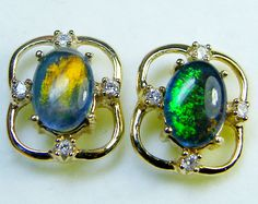 bright triplet opal pendant 14 k gold