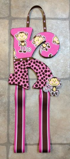 Monkey Bow holder by Stina's Sassy Letters & More